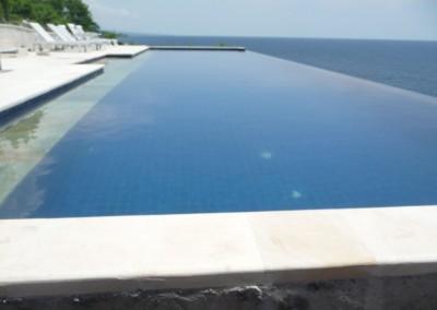 pool-204