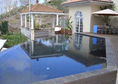 pool-158