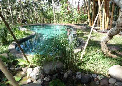 pool-193