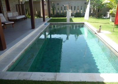 pool-195