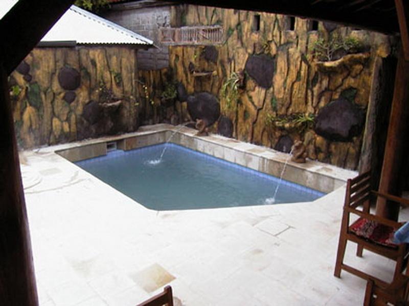 pool-33_resize